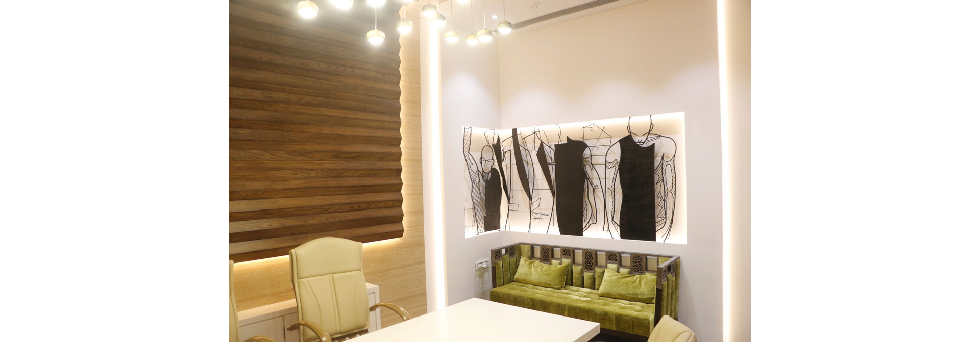 Bennevis Fashion Store Gallery images