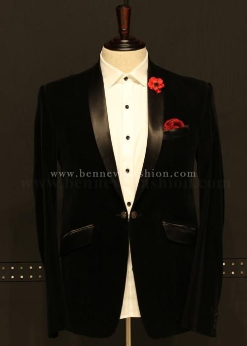 Stylish Balck Velvet Blazer